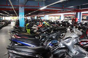 Giá giữ xe mới ở sân bay Tân Sơn Nhất