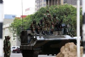 Đột phá lịch sử Zimbabwe: Ba nhân vật quyền lực 'soán ngôi' Mugabe