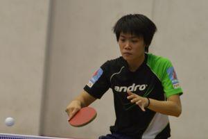 Vũ Quang Hiền thắng Đinh Quang Linh ở giải bóng bàn xuất sắc