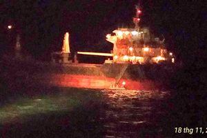 Cứu hộ thành công 8 thuyền viên tàu OCEAN BRIGHT gặp nạn trên biển