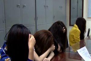 Đường sa ngã của những hotgirl điều hành đường dây mại dâm 'VIP'