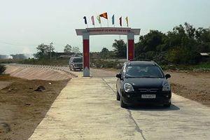 Bê tông hóa đường giao thông nông thôn ở Bình Định: 'Chìa khóa' phát triển kinh tế