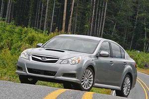 Subaru tại Việt Nam triệu hồi xe dính lỗi túi khí