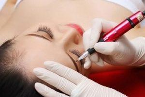 Phun xăm lông mày, môi có thể mắc bệnh lây nhiễm HIV/AIDS