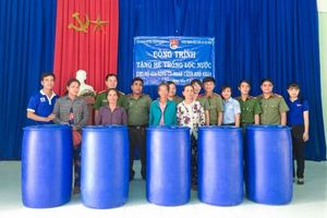 Tặng 18 hệ thống lọc nước cho hộ nghèo ở Tây Ninh