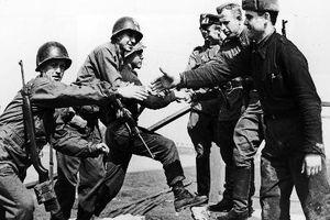 Mỹ giúp Liên Xô đánh Đức như thế nào khi cách nửa vòng Trái Đất