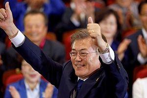 12 tháng cầm quyền nhiều trái ngọt của Tổng thống Hàn Quốc Moon Jae-in