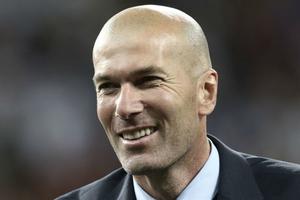Dứt áo rời Real Madrid, Zidane mất tới… 20 triệu Euro