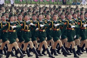 Giải mã 'đội quân tóc dài' trong quân đội các nước