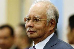 Cựu thủ tướng Malaysia bị bắt