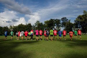 Đội bóng nhí Thái Lan trở lại tập luyện sau khi các đồng đội được giải cứu