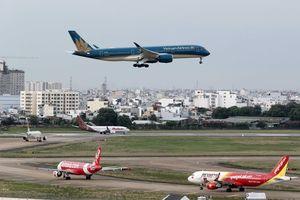 Hơn 21.000 chuyến bay bị chậm, hủy trong 6 tháng