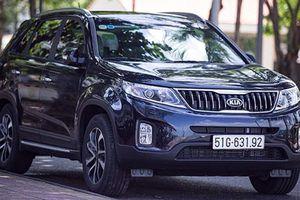 'Soi' Kia Sorento bản nâng cấp mới giá 799 triệu tại Việt Nam