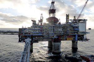 Giá dầu phục hồi sau phiên giảm sâu