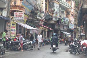 Thị trấn Quốc Oai: Biến vỉa hè trở thành… của riêng