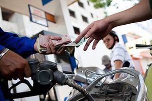 Không tăng giá xăng trong kỳ điều chỉnh chiều nay
