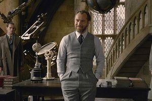 Jude Law và Johnny Depp đối đầu trong 'Fantastic Beasts 2'