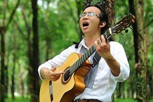 Nhạc sĩ khiếm thị: Tìm yêu trong câu hát...