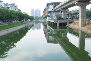 Sau đợt mưa lớn kéo dài, sông Tô Lịch 'hồi sinh' trở lại