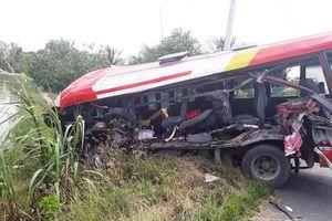Tai nạn trên tuyến tránh Cai Lậy, ít nhất 5 người bị thương