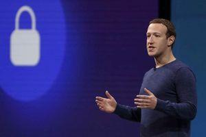 Mark Zuckerberg bị kiện vì giá cổ phiếu Facebook giảm