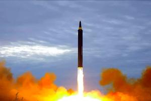 Washington Post: Nghi Triều Tiên đang chế tạo 1-2 tên lửa ICBM