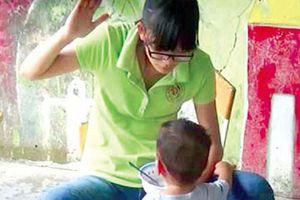 Vì sao nạn bạo hành trẻ em vẫn tiếp diễn?