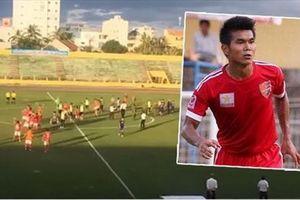 VFF cấm thi đấu vĩnh viễn cầu thủ đuổi đánh trọng tài!