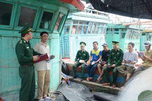 Giúp ngư dân vươn khơi an toàn