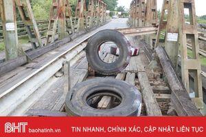 Liên tục 'kêu cứu', Cầu Lộc Yên vẫn chưa được sửa chữa!