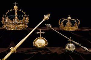 Hai vương miện 'vô giá' của hoàng gia Thụy Điển bị đánh cắp