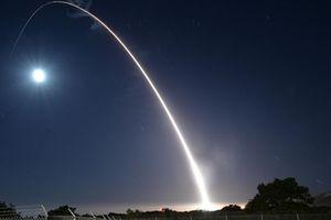 Tên lửa đạn đạo Minuteman III Mỹ hỏng nặng, bị kích nổ ngay trên đường bay