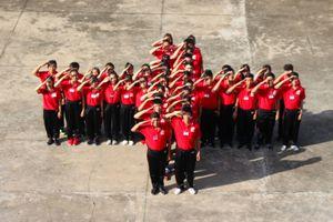 50 tình nguyện viên Mạng lưới Việt Nam Red Volunteer sẵn sàng cho buổi ra mắt