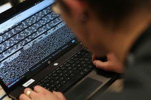 Mỹ bắt 3 tin tặc Ukraine do đánh cắp hàng chục triệu USD