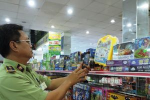 Yêu cầu tạm dừng lưu thông 519 sản phẩm hàng hóa vi phạm
