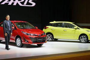 Bảng giá Toyota mới nhất: Hiace giảm giá tới 241 triệu đồng