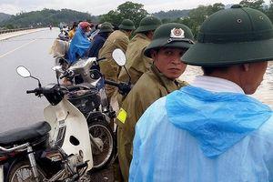 Chưa tìm thấy vợ chồng mất tích trên sông Lam hai tuần trước