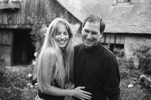 Tâm sự của con gái đầu lòng Steve Jobs: 'Ngày nào tôi còn sống thì chuỗi chiến tích của bố tôi vẫn còn chưa toàn vẹn'