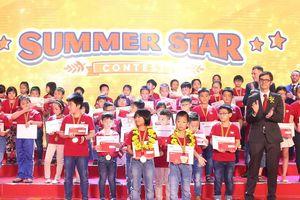 Vinh danh hơn 400 học viên tài năng tại 'Super Summer Awards'
