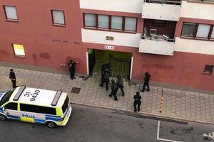 Nam thanh niên bị cảnh sát bắn chết do mang theo súng đồ chơi