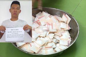 BĐBP Quảng Ninh bàn giao đối tượng vận chuyển 283 gói ma túy