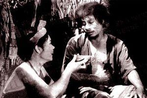 Xem lại đoạn Chí Phèo nhận 'bát cháo hành tình yêu' của Thị Nở