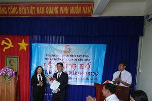 TAND huyện Tân Biên công bố và trao quyết định bổ nhiệm Thẩm phán sơ cấp