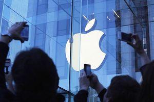 Chứng khoán tăng điểm sau khi Apple trở thành 'đại gia' nghìn tỷ USD