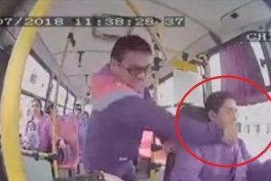 Tài xế xe buýt bị đấm thẳng vào mặt vì không dừng lại ở nơi bị cấm