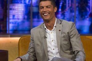 Top 9 câu hỏi nhanh đáp nhanh 'bá đạo' cùng Cristiano Ronaldo