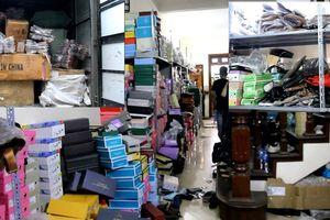 Hà Nội: Tạm giữ hơn 6000 sản phẩm giày, túi xách... không rõ nguồn gốc