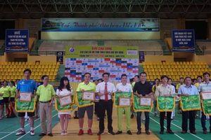 Gần 400 vận động viên dự giải Cầu lông các câu lạc bộ Thừa Thiên Huế mở rộng