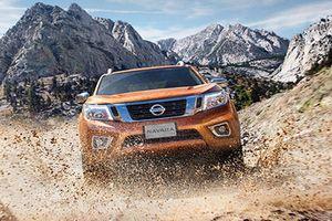 Bán tải Nissan Navara VL Plus mới 'chốt giá' 688 triệu đồng