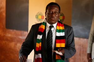 Tổng thống Zimbabwe: 'Không có nền dân chủ nào thực sự hoàn hảo'